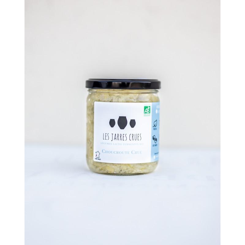 choucroute bio non pasteurisé das un contenant en verre avec du laurier et des baies de genièvre des Jarres Crues